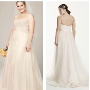 David's Bridal Strapless Lace Wedding Gown. 26W